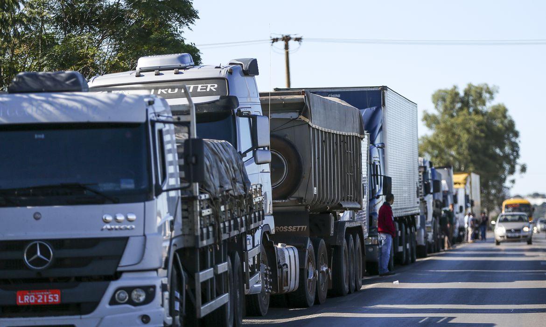 Somente 13% dos valores recebidos pelos caminhoneiros no Brasil vão para a própria renda